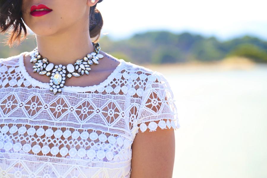 whitelace4